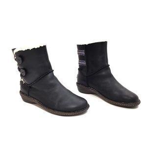 UGG Black Leather w/ Blue Embroidery Midcalf Boot